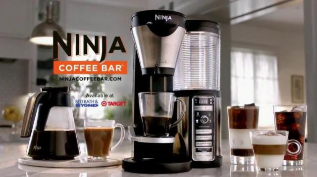 ninja-coffee-bar-sofa-vergara-and-her-ninja-coffee-bar-large-10