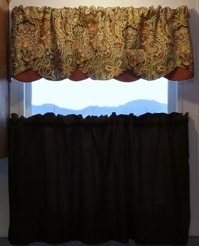 Curtain (4).jpg