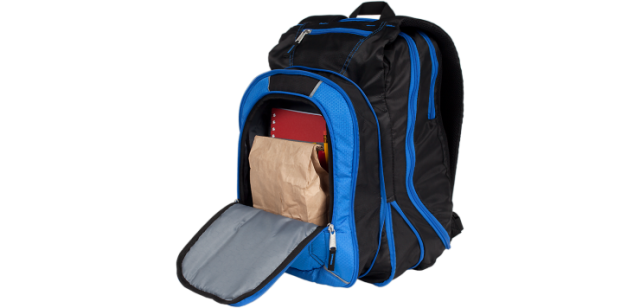 back-to-school-wth-mead-five-star-expandable-backpack-front-pockets.png