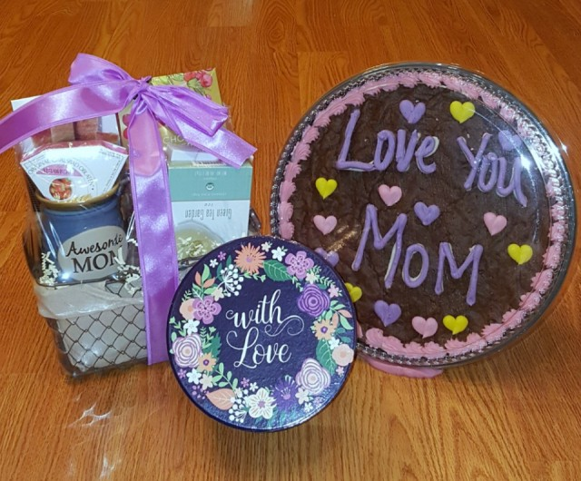 GourmetGiftBasketsMothersDay.jpg